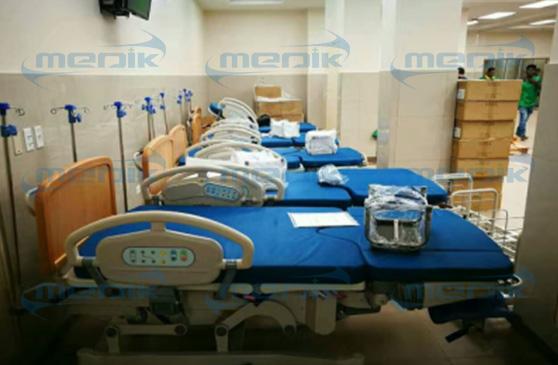 哥伦比亚妇女儿童医院电动分娩床