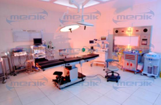 麦迪卡带着大霍纳去了阿德姆综合医院的18组病房