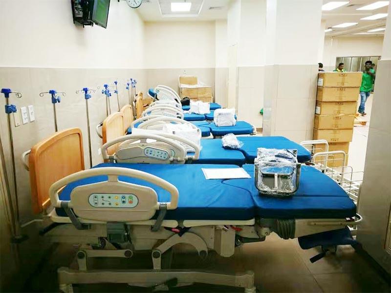 格伦伊格尔斯科塔基纳巴卢国际医院配备了一套ICU病床、转运担架、医疗车、产床等。